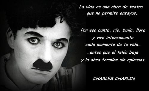 frases-celebres-de-personas-famosas-Chaplin