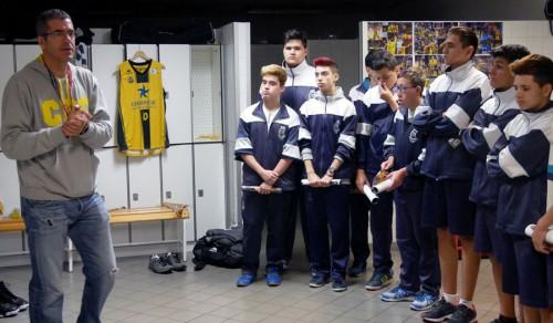 Alumnos del colegio mainlop visitan el entrenamiento del - Colegio aparejadores tenerife ...