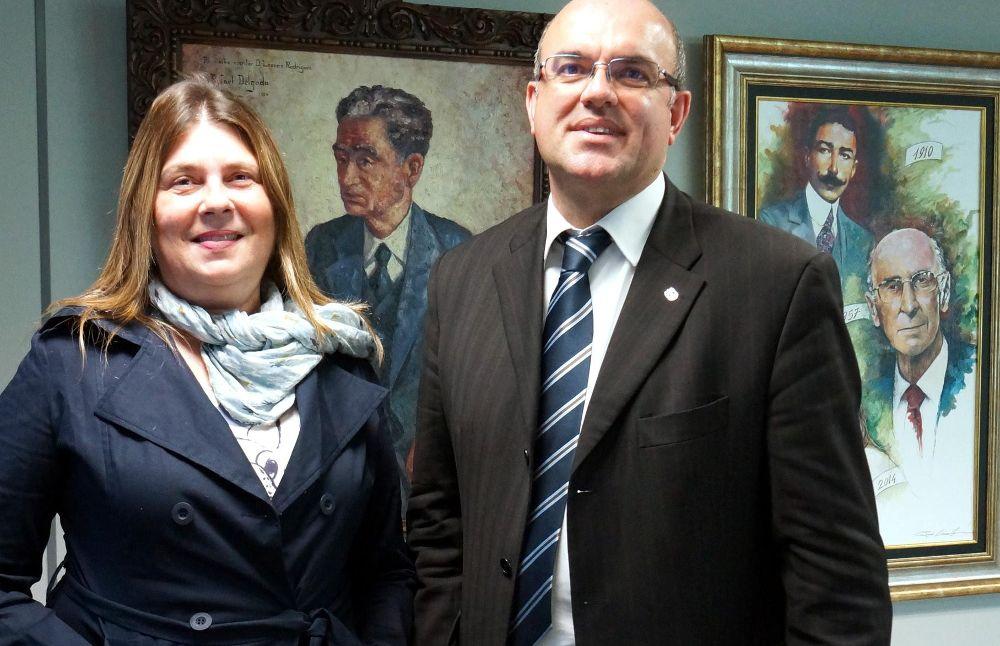 La directora y editora de EL DÍA recibió a Anselmo Pestana.