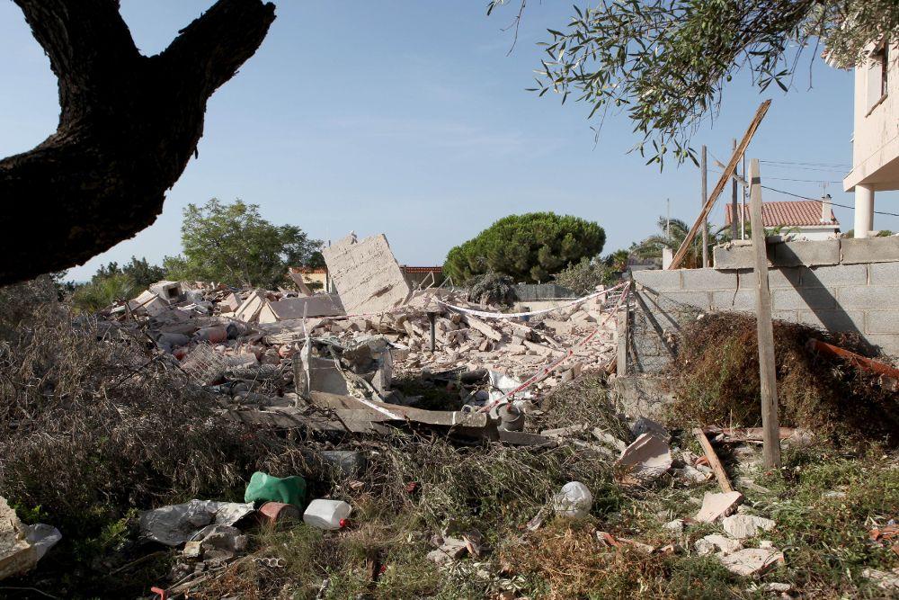 Restos de la casa donde, al retirar los escombros, se ha producido una nueva explosión.
