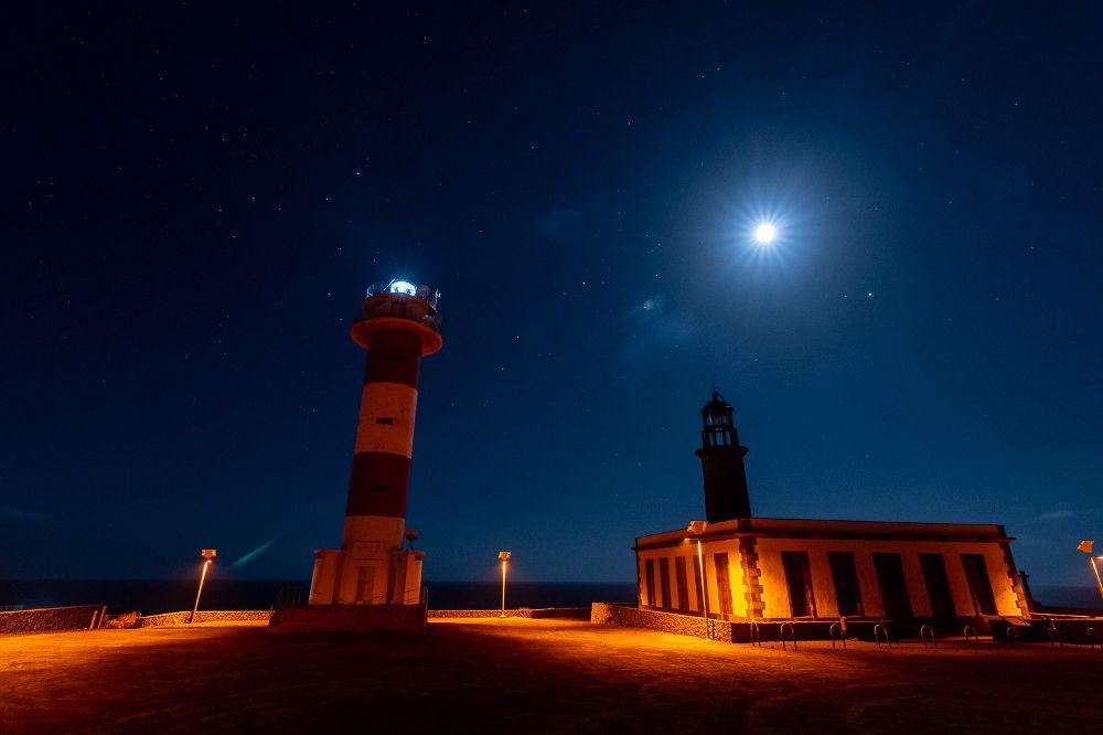 Los amantes de la fotografía nocturna temen que lo sucedido en el faro de Fuencaliente no sea una excepción.