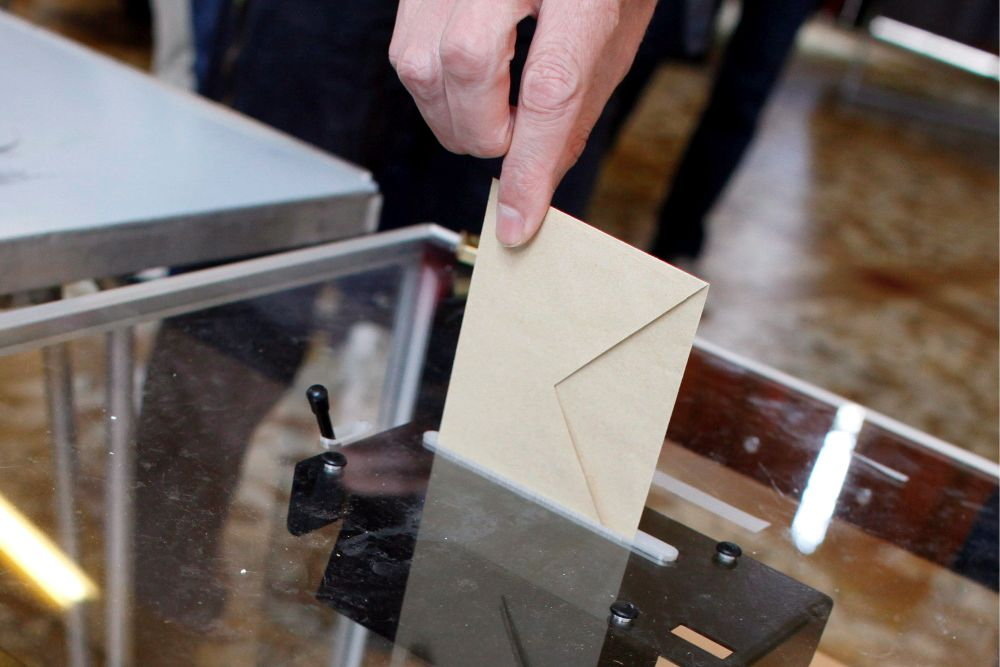 Los partidos elevarán este lunes su propuesta definitiva al Gobierno sobre cómo votar la lista regional en las próximas elecciones.
