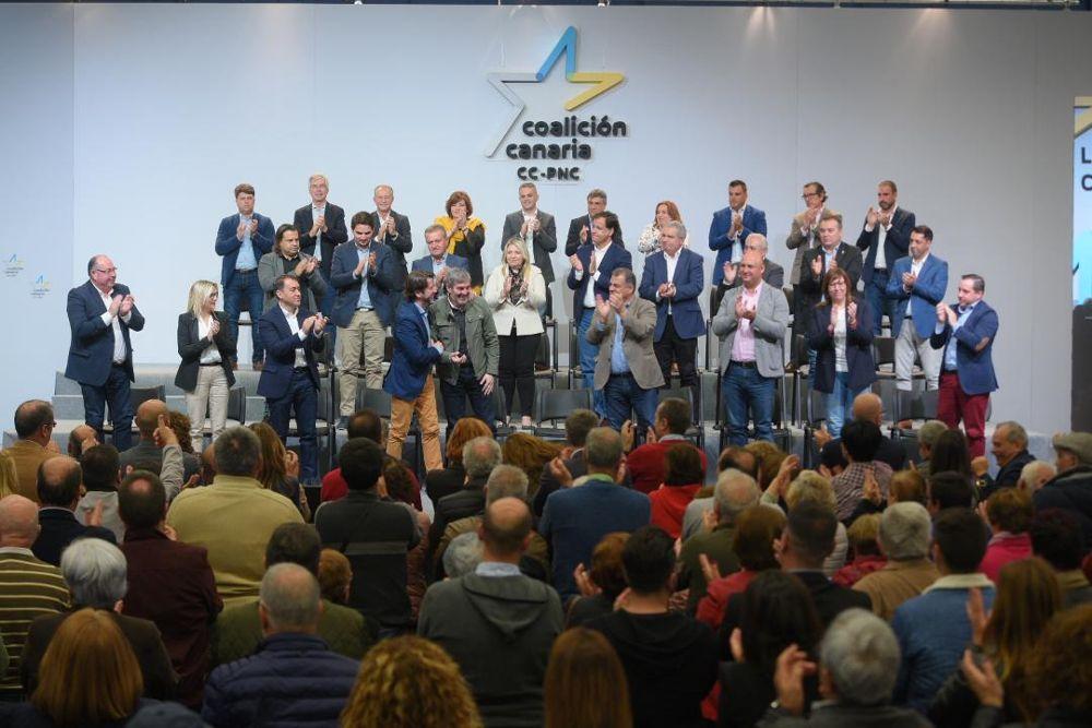 """Oramas a Torres: """"Nosotros lo que queremos es un presidente que respete a Canarias"""""""