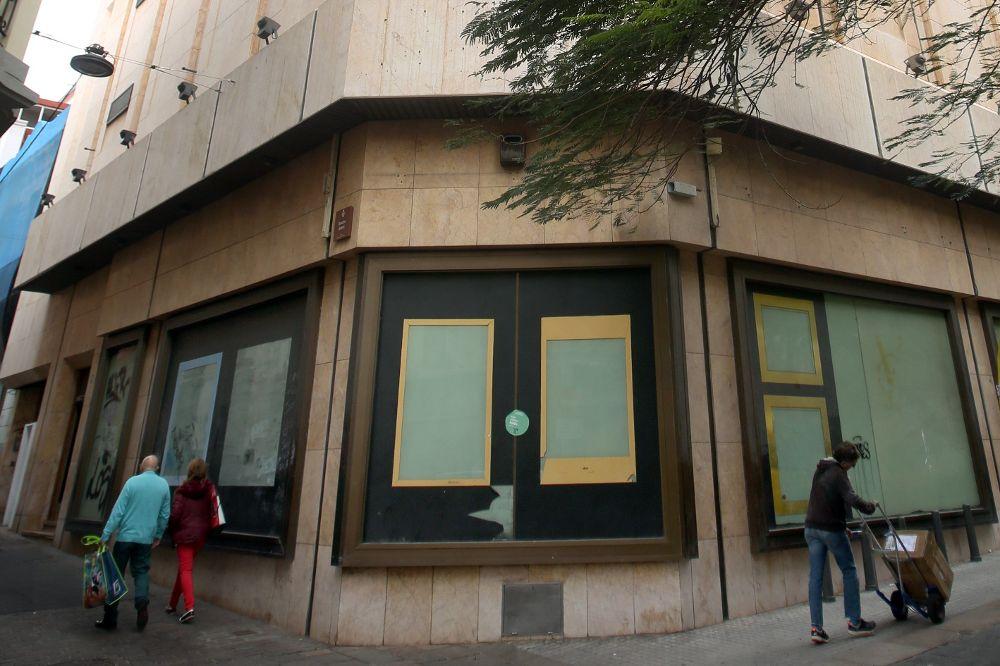 El grupo de capital canario Acosta Matos S.A invertirá diez millones de euros para la transformación del edificio.