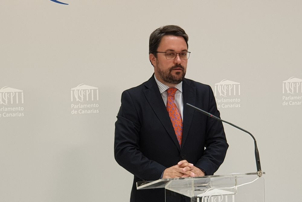 """Antona (PP) celebra las elecciones ante el """"machaque deliberado"""" de Sánchez a Canarias"""
