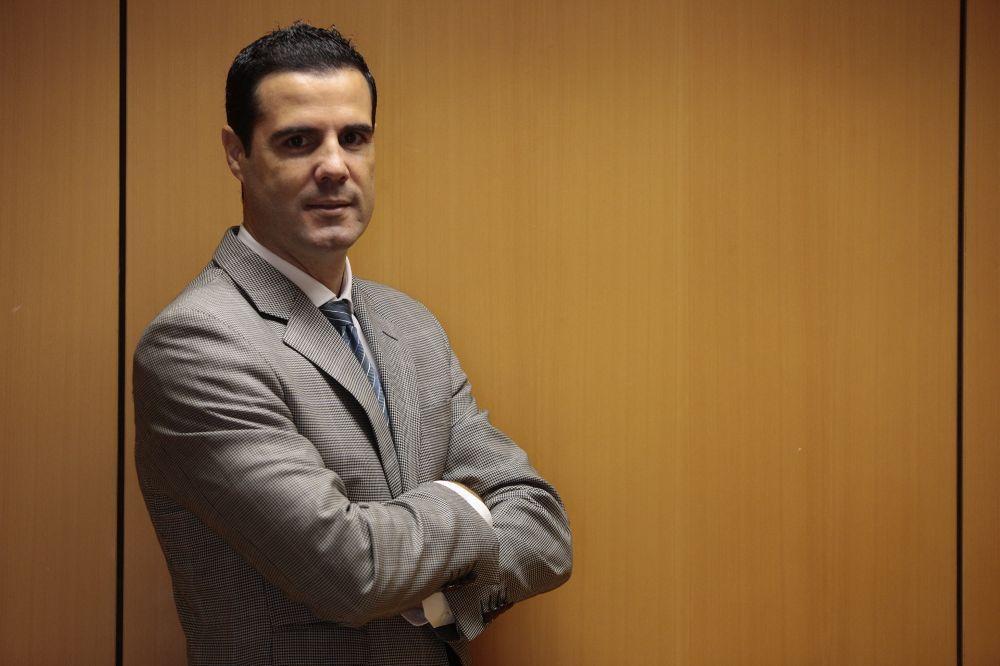 Domínguez censura a Sánchez el cese del delegado en la Zona Franca