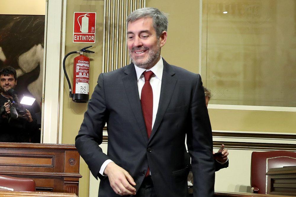 Clavijo anuncia otra rebaja de tasas universitarias, de entre un 7% y un 37%
