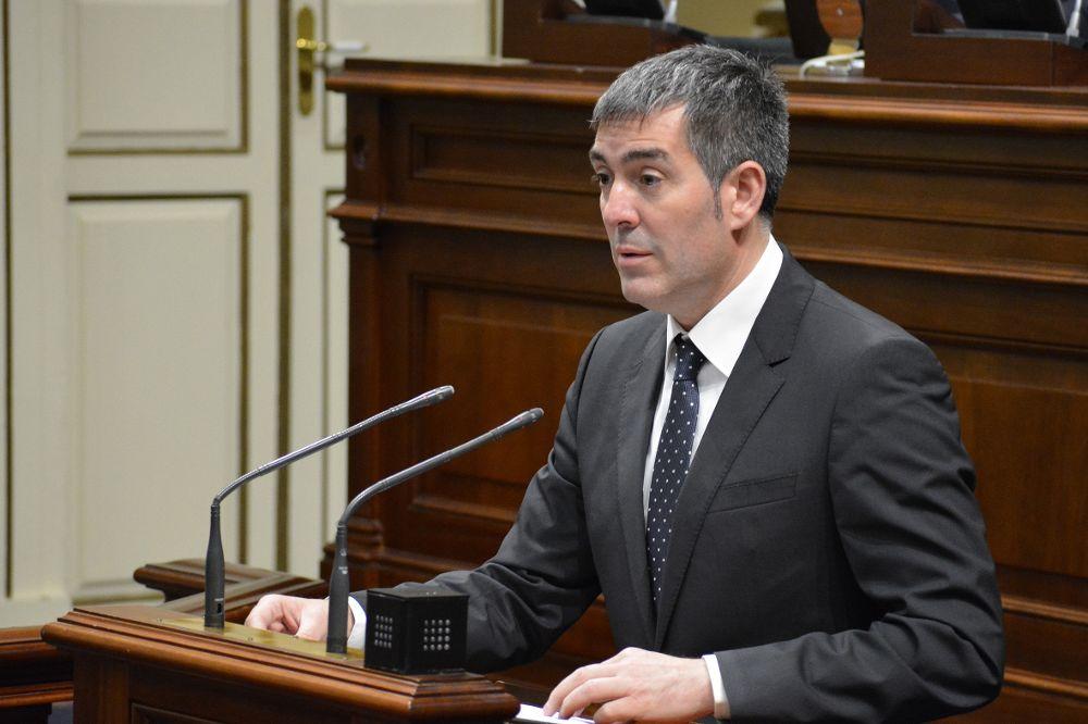 Clavijo durante el Debate sobre el Estado de la Nacionalidad Canaria.