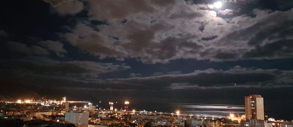 ¿Has visto la superluna en Santa Cruz?