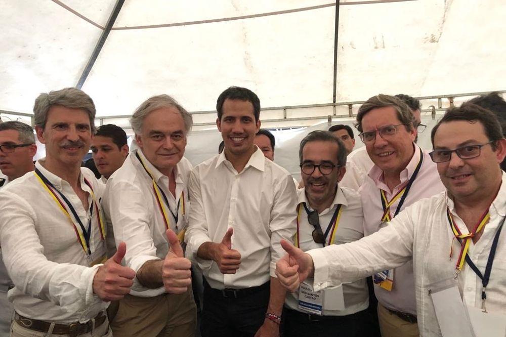 Una delegación del PP se reúne con Guaidó en la frontera entre Colombia y Venezuela