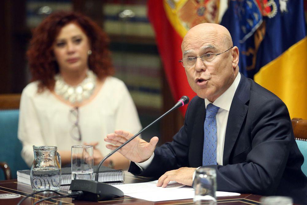 """El Diputado del Común da 65 avisos al Gobierno ante su """"inadmisible"""" silencio"""