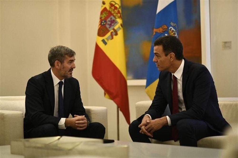 """Clavijo denuncia la """"actitud colonial"""" de Pedro Sánchez al anunciar un Consejo de Ministros en Canarias"""